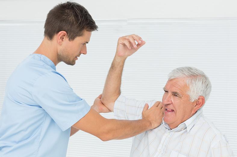 Donuk omuz sendromunda fizik tedavi yaklaşımları